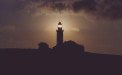 世界里的灯塔