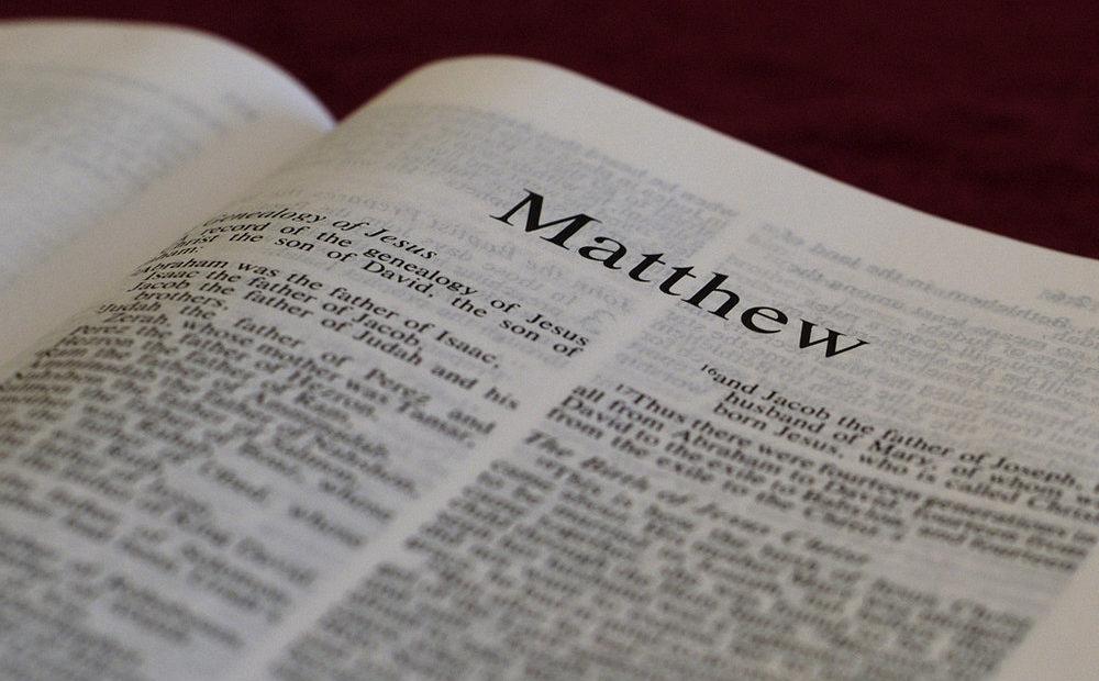 【读圣经学英语】经上又记着