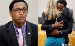 法庭上,这位18岁的青年人做了什么?